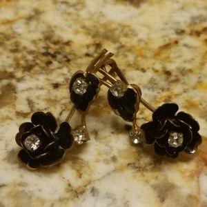 Vintage screw on earrings PM 675